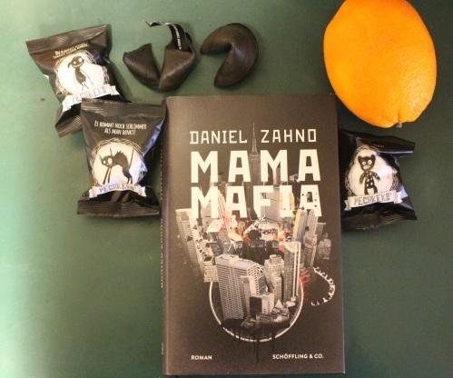 daniel-zahno-mama-mafia