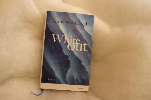 Whiteout Anne von Canal mare