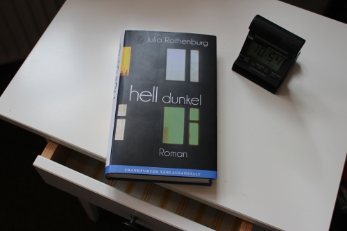 Julia Rothenburg hell dunkel Frankfurter Verlagsanstallt